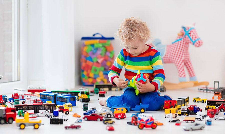 Παιδικά παιχνίδια: Ό,τι πρέπει να γνωρίζουμε για τον καθαρισμό τους