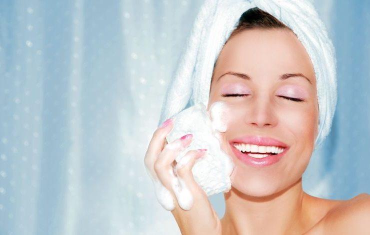 Καθαρίζετε το πρόσωπό σας με τον σωστό τρόπο;