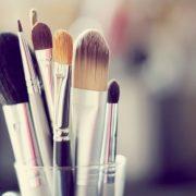 Ο σωστός καθαρισμός στα πινέλα μακιγιάζ