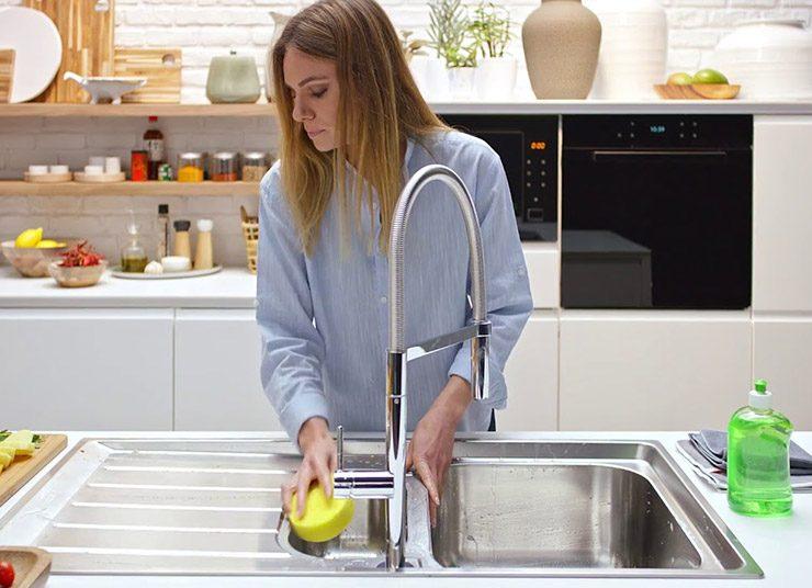 Το μυστικό για έναν καθαρό νεροχύτη με οικολογικό τρόπο