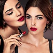 Red alert: Τα κόκκινα χείλη είναι της μόδας!
