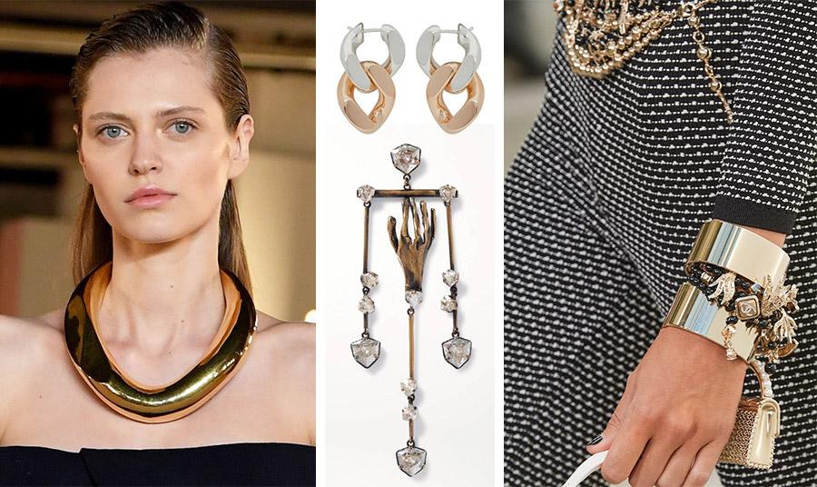 Σαν υπερμεγέθης κρίκος στον λαιμό, Balmain // Σκουλαρίκια-αλυσίδες, Bottega Veneta // Τεράστιο σκουλαρίκι σαν έργο τέχνης που φοριέται ένα μόνο του, Valentino // Φαρδύ και με πολλά στολίδια βραχιόλι, Chanel