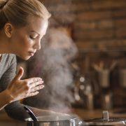 Δυσάρεστες οσμές στην κουζίνα ή στα χέρια σας; Απαλλαγείτε εύκολα!