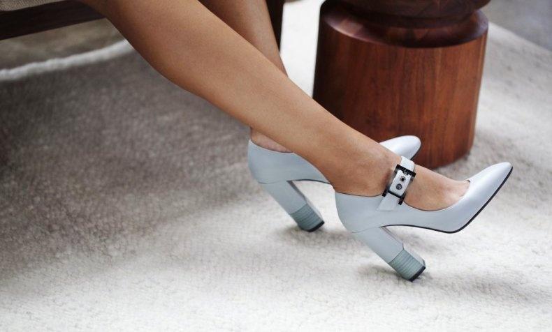 Απαλλαγείτε μία και καλή από τα παπούτσια που πληγώνουν τα πόδια σας…