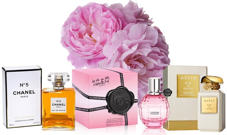 """Το μαγιάτικο τριαντάφυλλο από την Γκρας καταφέρνει να διατηρεί την αρωματική παράδοση ζωντανή στο Chanel Νο5 // Χιλιάδες πέταλα τριαντάφυλλου χαρίζουν το άρωμά τους στο Flowerbomb, Victor&Rolf // Το άρωμα της Αerin Lauder  με το όνομα """"Rose de Grasse""""… πιστοποιεί την προέλευσή του"""