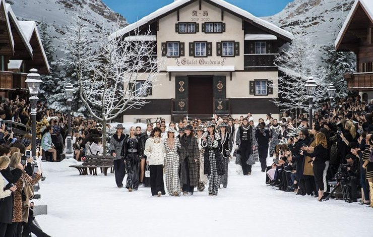 Η τελευταία συλλογή του Κarl Lagerfeld εν μέσω συναισθηματικής φόρτισης