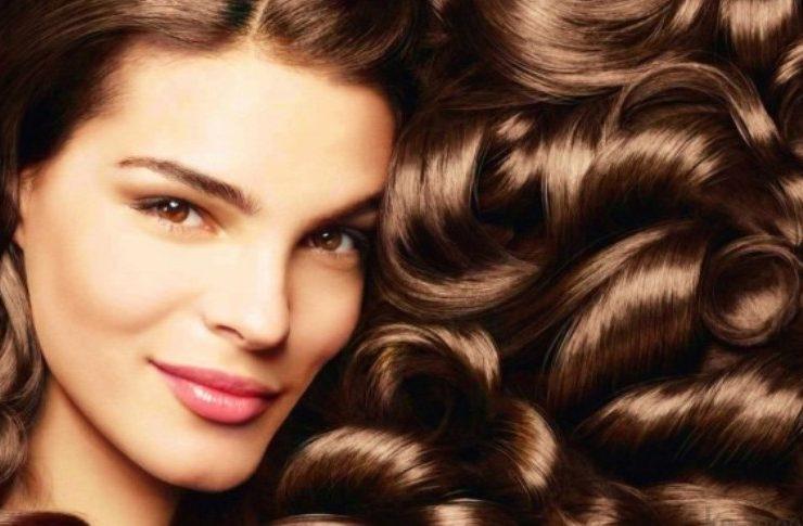 Μυστικά για λαμπερά μαλλιά
