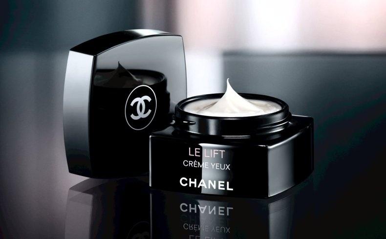 Η καινούργια κρέμα για αντιγήρανση και φροντίδα στην περιοχή των ματιών Le Lift Αποτελέσματα αναζήτησης Αποτελέσματα ιστού Crème Yeux, Chanel