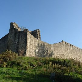 Το επιβλητικό βυζαντινό Κάστρο Φαναρίου Καρδίτσας