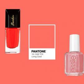 Από το έντονο κοραλί της OPI (που ταιριάζει σε πιο σκούρες επιδερμίδες), στο ροζέ-πορτοκαλί του Coralium της Chanel (που κολακεύει πρακτικά όλους τους τόνους δέρματος) και από το λαμπερό κοραλί-πορτοκαλί του Guerlain που αποκλείεται να περάσει απαρατήρητο έως το παστέλ της Essie… η γκάμα των αποχρώσεων είναι πραγματικά πολύ μεγάλη