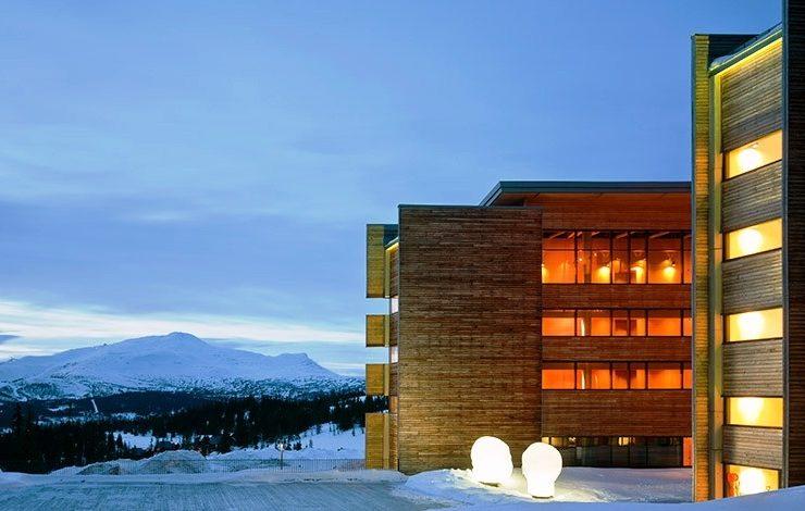 Στο κομψό χειμερινό θέρετρο Γιέμτλαντ, ένα ιδιαίτερο καταφύγιο για τους λάτρεις του σκι βρίσκεται σοφά τοποθετημένο σε ένα από τα πιο γνωστά χιονοδρομικά κέντρα της Σουηδίας