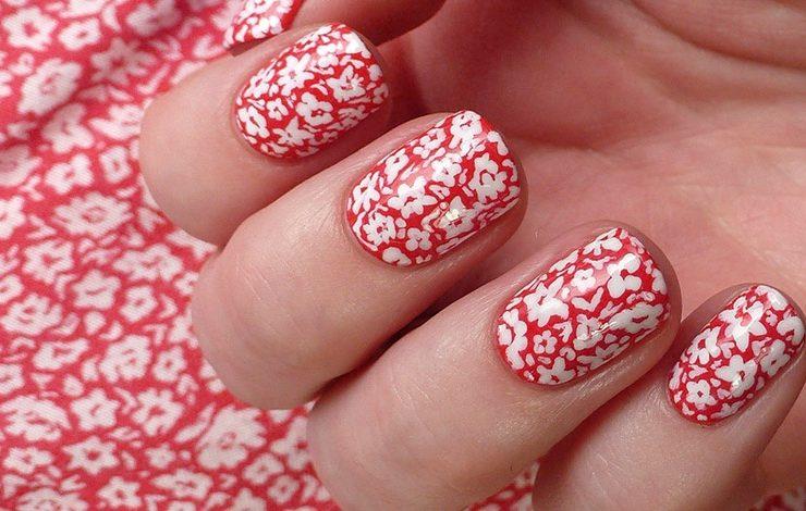 Λουλουδάτα νύχια!
