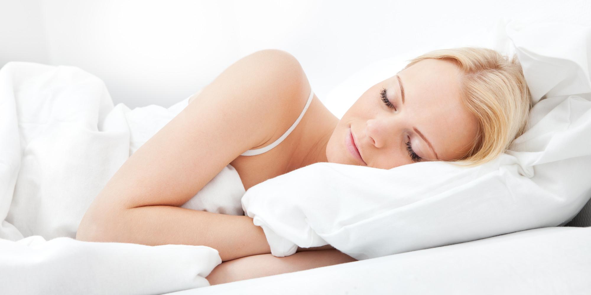 Να θυμάστε ότι πρέπει να αλλάζουμε μαξιλάρι περίπου κάθε 12 με 18 μήνες. Οποιοδήποτε μαξιλάρι έχει κλείσει τα δύο χρόνια, έχει έρθει η ώρα να το… αποχωριστείτε!