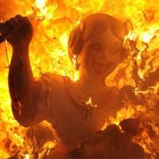 Στη Βαλένθια όλα φλέγονται κατά τη διάρκεια του φεστιβάλ Las Fallas