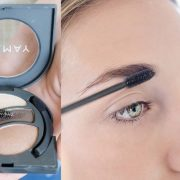 Το καθαρό βουρτσάκι της μάσκαρα μπορεί να χρησιμοποιηθεί για να «χτενίσετε» τα φρύδια σας, αλλά και για να ξεχωρίσετε τις βλεφαρίδες