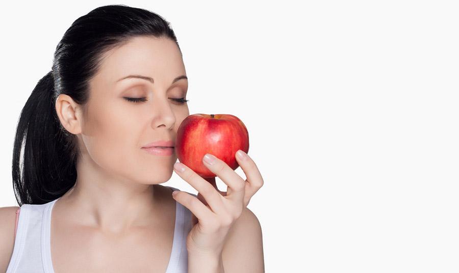 «Σπιτικές» μάσκες με μήλο