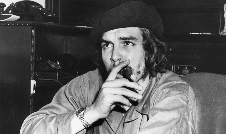 Από τη στιγμή που ο Τσε Γκεβάρα φόρεσε μπερέ, έγινε το καπέλο-σύμβολο της ανεξαρτησίας και της επανάστασης