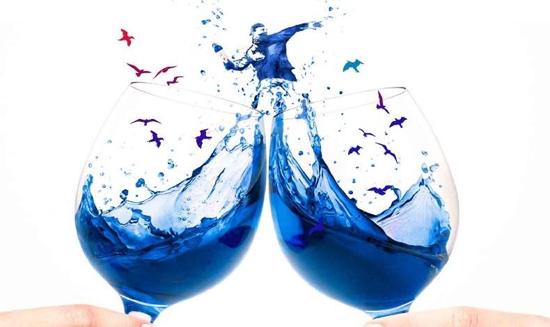 Μπλε... μπλε... κρασί!