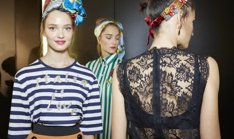 Σίγουρα, δεν κολακεύουν όλες μας τα μαντήλια δεμένα στο κεφάλι, Dolce&Gabbana άνοιξη-καλοκαίρι 2016