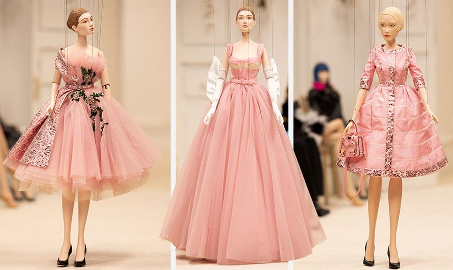 Η Gigi Hadid ένα από τα αγαπημένα μοντέλα του Τζέρεμι Σκοτ έγινε μαριονέτα για τις ανάγκες του σόου // Μερικές από τις ροζ δημιουργίες της ανοιξιάτικης συλλογής
