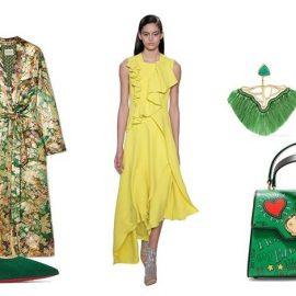 Σίγουρος συνδυασμός: κίτρινο με πράσινο! Μαντό, Etro // Ψηλοτάκουνη γόβα, Christian Louboutin // Κίτρινο φόρεμα, Delpozo // Σκουλαρίκια, Katerina Makriyianni // Τσάντα, Dolce&Gabbana