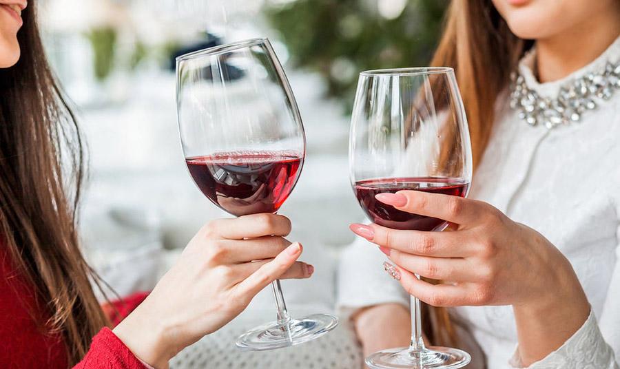 Πίνοντας αλκοόλ ή λήψη αντιβιοτικών