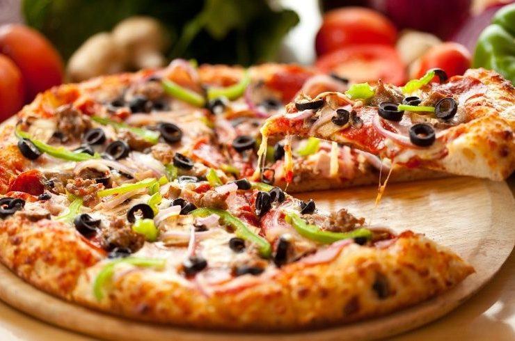 6 μύθοι για την πίτσα καταρρίπτονται!