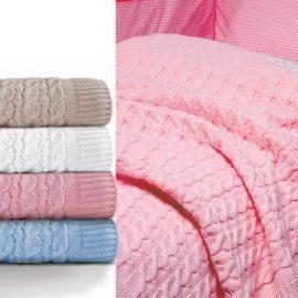 Κουβέρτα πλεχτή (80x110) 34.00 και κουβέρτα πλεχτή (110x150) Purly, 49.00, όλα ΝΕF NEF HOMEWARE