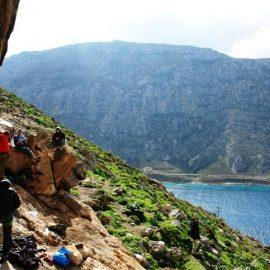 Αναρρίχηση στα βουνά της Καλύμνου