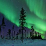 Ο ονειρικός χορός του Βόρειου Σέλας στον Αρκτικό Κύκλο είναι κάτι παραπάνω από ένα φαντασμαγορικό θέαμα!