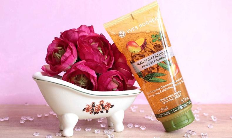 Τα προϊόντα μπάνιου και για τα μαλλιά βασίζονται στις ευεργετικές ιδιότητες των φυτών και των λουλουδιών σε συνδυασμό με τη σύγχρονη τεχνολογία για τέλεια αποτελέσματα