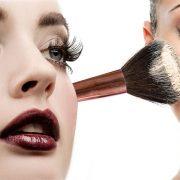 Δέκα κινήσεις μακιγιάζ για όμορφο, σύγχρονο και φυσικό look!