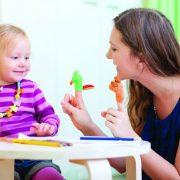 Για να μεγαλώσουμε ένα ανεξάρτητο παιδί, χρειάζεται να τηρούμε ένα πρόγραμμα, αλλά και να του αφήνουμε επιλογές!