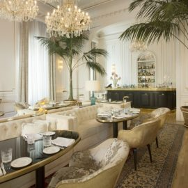 Το εστιατόριο L?Autre Dame σερβίρει ίσως τα καλύτερα aperitici της ιταλικής πρωτεύουσας