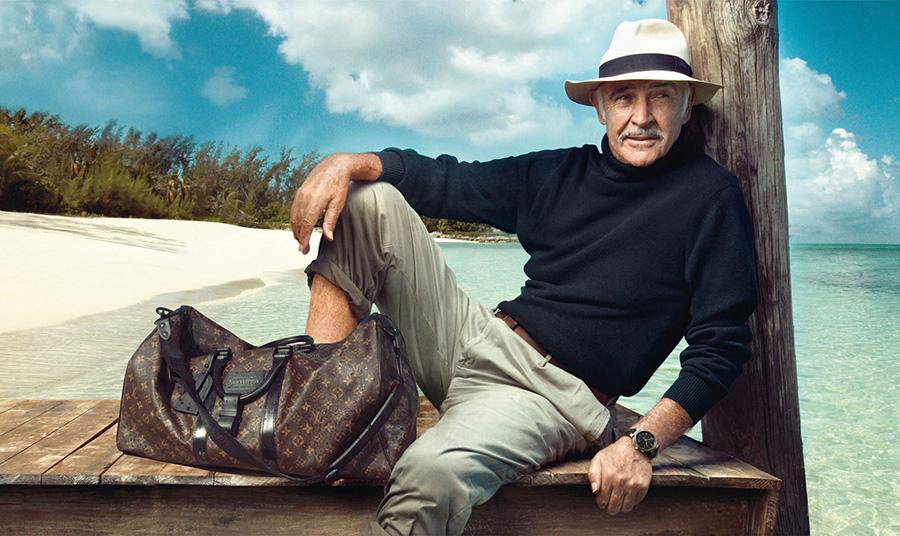 Ο Σον Κόννερι με καπέλο Παναμά σε διαφήμιση του Louis Vuitton