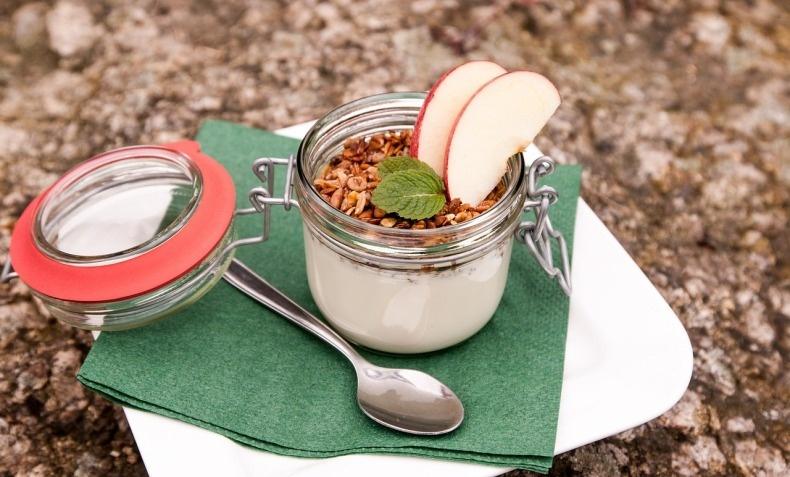 Το στραγγιστό γιαούρτι θεωρείται από τους διατροφολόγους παγκοσμίως, ως το καλύτερο γιαούρτι!