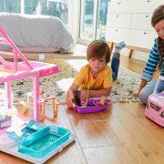 Νέα επιστημονική μελέτη: Το παιχνίδι με κούκλες αναπτύσσει την ενσυναίσθηση στα παιδιά