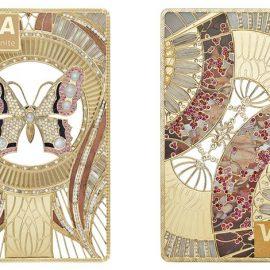 Οι καλλιτέχνες της εταιρείας αναζητούν στην αρχαιότητα σημαντικά σύμβολα και δημιουργούν πιστωτικές κάρτες πολύτιμες και αισθητικά μοναδικές!
