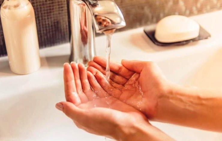 Το πλύσιμο των χεριών ενεργοποιεί τον εγκέφαλό μας!