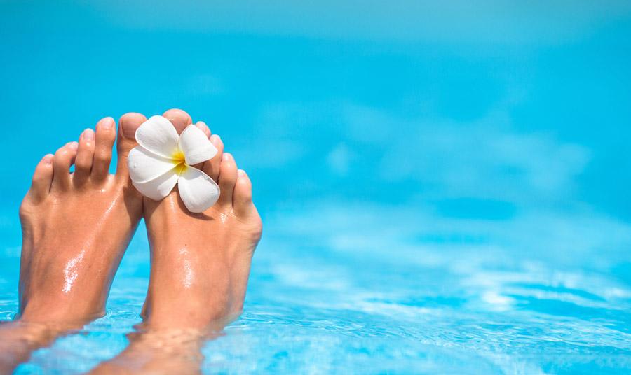 Περιποίηση ποδιών με πρωταγωνιστή το νερό!
