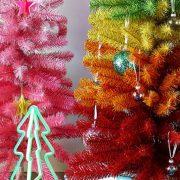 Τάση χριστουγεννιάτικο δέντρο: Πολύχρωμο, σαν ουράνιο τόξο!