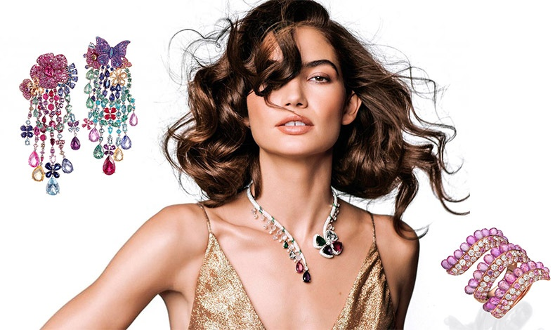 Σκουλαρίκια μακριά, το ένα με κλιπ λουλούδι και το άλλο πεταλούδα και όλα τα πολύτιμα? χρώματα, Chopard // H Lily-Aldridge για το Vogue // Δαχτυλίδι με ροζ και χρυσό και διαμάντια, Butani