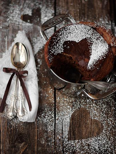 Σουφλέ σοκολάτας με λικέρ σοκολάτα