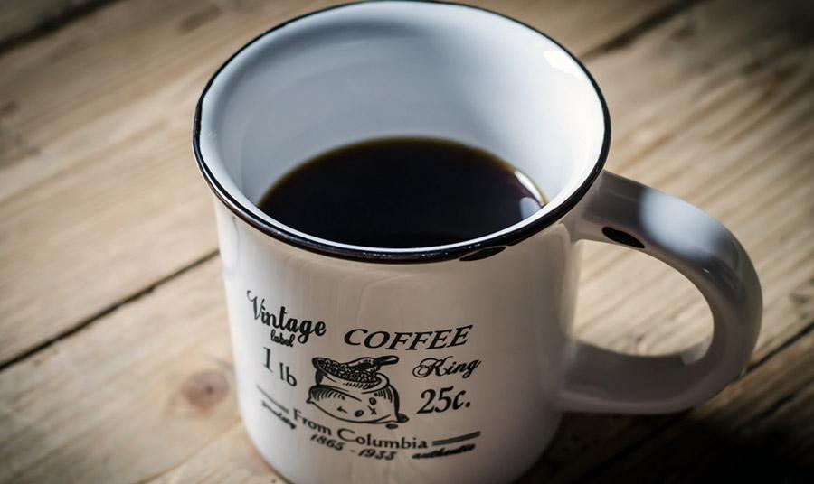 Αν πίνετε τον καφέ σας με κρέμα γάλακτος ή σαντιγί... ξανασκεφθείτε το!