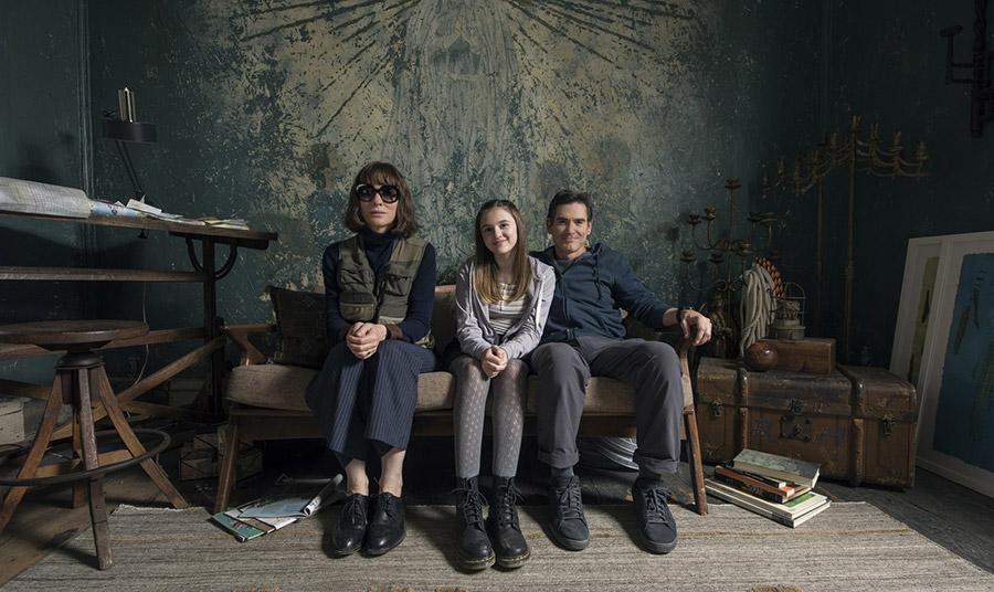 Emma Nelson ως έφηβη κόρη, ο Billy Crudup ως σύζυγός και Cate Blanchett σε σκηνή από την ταινία