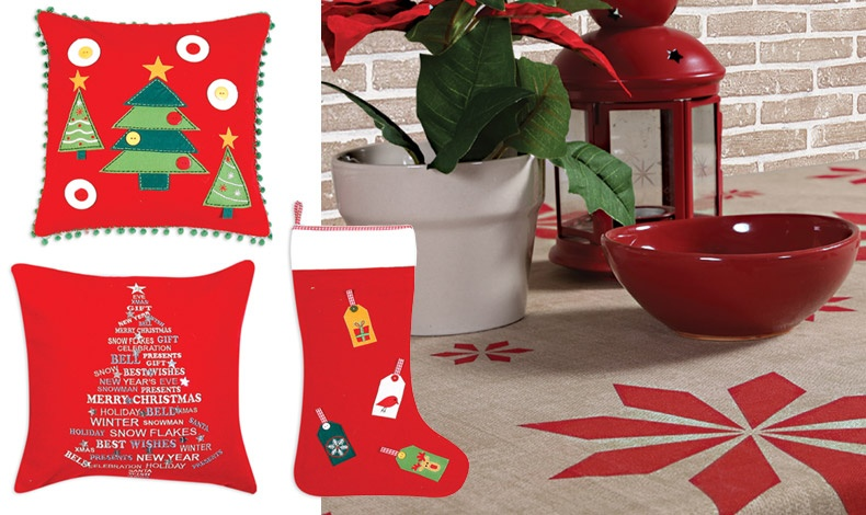 Μύρισε? Χριστούγεννα! Διακοσμητικά μαξιλάρια, 40x40εκ., 19,50? // Διακοσμητικές κάλτσες, 14,50? // Tραπεζομάντηλο Noel σε διάφορες διαστάσεις από 13,50? έως 19,50?