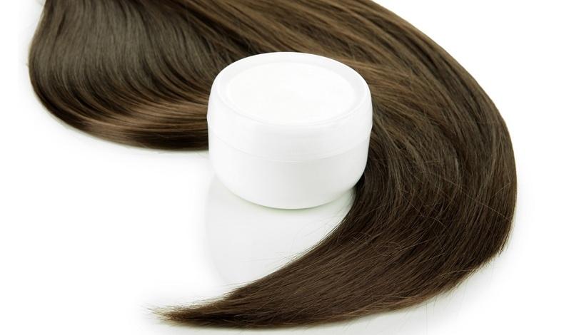 Η ενυδατική μάσκα είναι μία ευεργετική κίνηση για τα μαλλιά σας