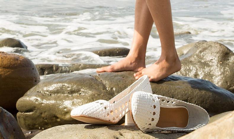 Τα ψάθινα παπούτσια σας είναι τέλεια για τις καλοκαιρινές διακοπές!