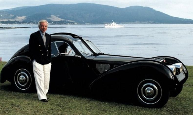 O Ralph Lauren φωτογραφημένος με ένα από τα αγαπημένα του αυτοκίνητα, μία Bugatti