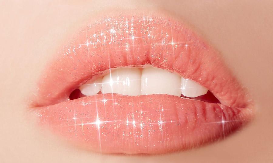 Χείλη στο χρώμα του ροδάκινου είναι η νέα μόδα!
